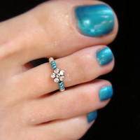 Toe Ring - Silver Metal Flower - Metallic Turquoise Stretch Bead Toe Ring