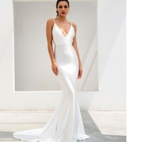 Jasslyn- White Deep V-Neck Open Back Maxi Dress