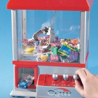 """""""The Claw"""" Electronic Candy Grabber Machine Arcade Game:Amazon:Toys & Games"""