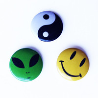 90's Alien Yin Yang Smiley Face Pin Pack