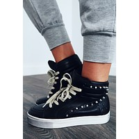 Catch The Vibe Sneakers: Black/Multi