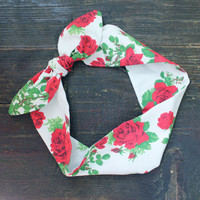 SUMMER SALE - 20% OFF. Tie Up Headscarf. Foral Wire Headband. Rose Print Pinup Headband. Head Wrap.