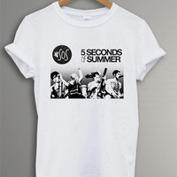 New 5 Seconds of Summer  Shirt The 5 SOS Band Symbol Black and  White t - Shirt For Men Or Women Size TS 36