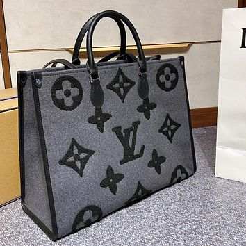 Louis Vuitton LV New Plush Tote Shopping Bag Bucket Bag Fashion Ladies Shoulder Bag