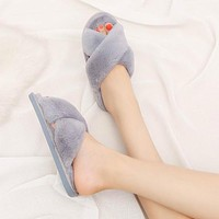 Women Slippers Winter Furry Slides Fluffy Slippers Fur Warm Soft Flat Shoes