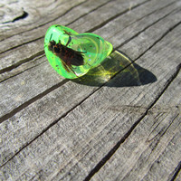 Vintage 90's Neon Yellow Acrylic Heart with Bee Ring, Club Kid Gumball Prize