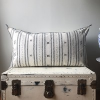 KING SIZE WASHED WHITE PATTERNED CACTUS SILK PILLOW COVER