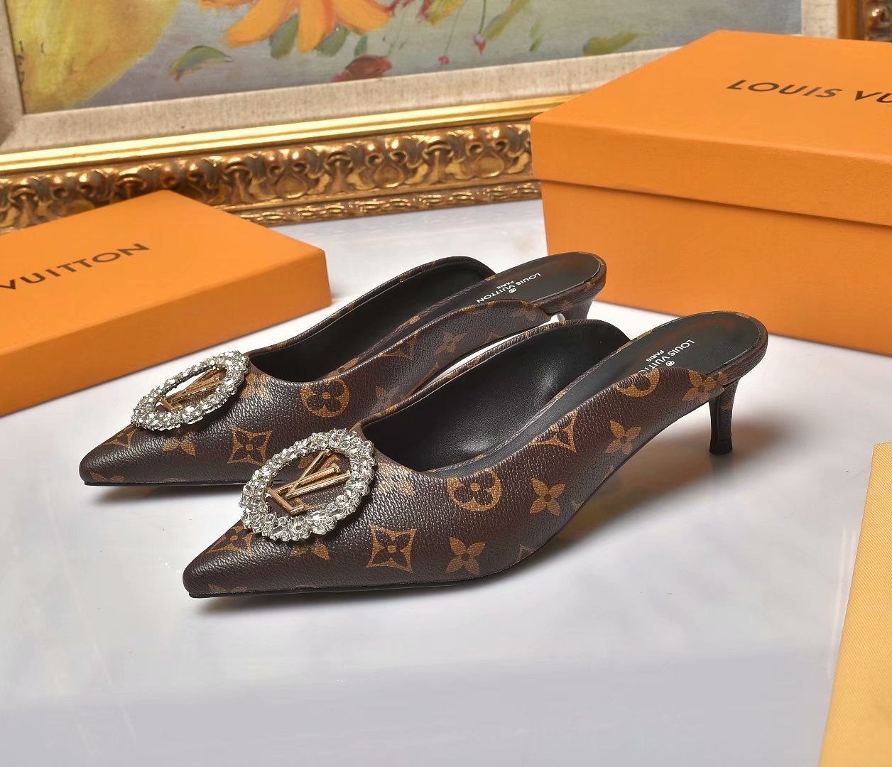 Image of lv louis vuitton women casual shoes boots fashionable casual leather women heels sandal shoes 51