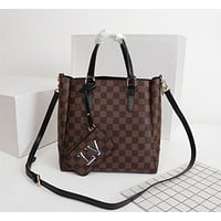 LV Louis Vuitton MONOGRAM LEATHER HANDBAG SHOULDER BAG