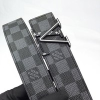 LV fashionable men's and women's casual belt hot seller with checked buckle printed belt Silvery buckle