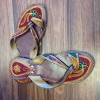 Multicolor embroidered Flip-Flop