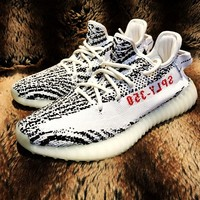 Adidas Women Men Yeezy 550 Boost 350 V2  Fashion Girl Boy Trending Personality Leisure Sport Running Shoe Sneakers Grey-khaki\