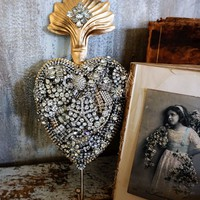 Large metal French Santos heart rhinestone embellished wall hook hanging decor