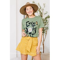 Easy Does It Daisy Graphic Tee