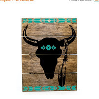 ON SALE - Tribal Print Steer Skull Pallet Sign - Indie home decor, gifts for her, reclaimed pallet, Aztec Bedroom Decor, Western Wood Sign