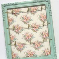 "Shabby Distressed Vintage Rustic Floral ""Pin It"" Display Board"