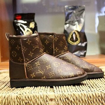LV Louis vuitton UGG men women mid cut snow with full letters Shoes Boots