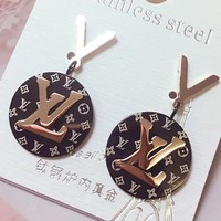 LV fashionable temperament ear nail round brand letter earrings female titanium steel pendant with 100 sets of earrings summer