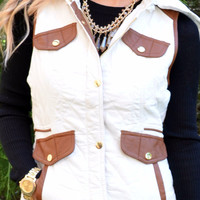 Cabin Fever White Puffer Vest With Brown Lining