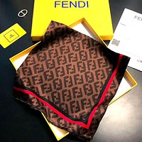 Fendi 2019 new women's comfortable and comfortable small square scarf Coffee