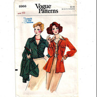 Vogue 8966 Pattern for Misses' Collared Shirt & Shirt Jacket, Size 10, from 1980s, Vintage Pattern, Home Sewing Pattern, 1980 Fashion Sewing