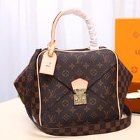 Kuyou Lv Louis Vuitton Fashion Women Men Gb29611 M40177 Bag