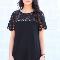 Breezy Lace Sleeve Top {Black}
