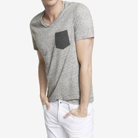 STRIPED POCKET NEP KNIT V-NECK TEE