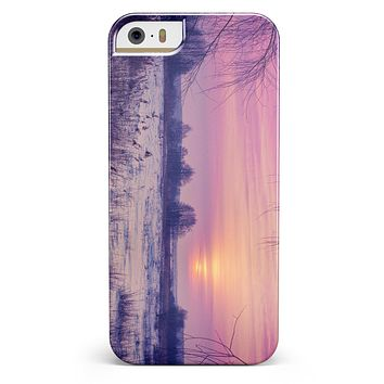 Calm Snowy Sunset iPhone 5/5s or SE INK-Fuzed Case