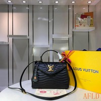 HCXX 19Aug 596 Louis Vuitton LV M53931 New Wave Top Handle Flap Cross Doctor Bag Fashion Handbag 26-20-11cm