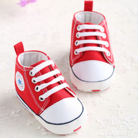 Red Cotton Leather Baby Moccasins Girls Boys Lace-up Bulk Soft Soled Girls Newborn Boots Shoes Kids Pattern First Walker Neonata