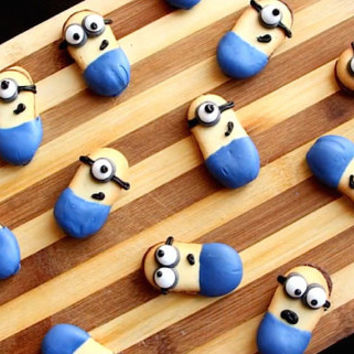 Minion Cookies, Kids Cookies, Party Cookies, Despicable Me, Childrens Biscuits, Party Biscuits, Mini Cookies