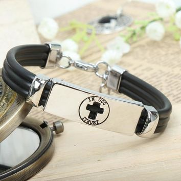 Metal Gifts Cross Men Bracelet = 5858638017