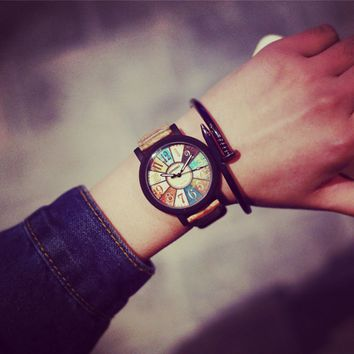 Vintage wood simple and stylish casual students of both sexes Features dial quartz couple watches
