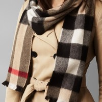 B-118 -Women's Burberry Natural Exploded Check Cashmere Scarf