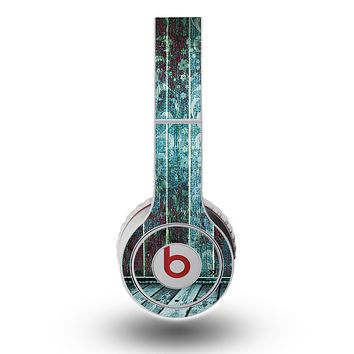 The Aged Blue Victorian Striped Wall Skin for the Original Beats by Dre Wireless Headphones