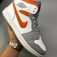 Nike Air Jordan 1 Mid AJ1 men and women basketball shoes sneakers shoes