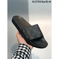 New Louis Vuitton Waterfront Men's and women's nike Slippers Beach shoes