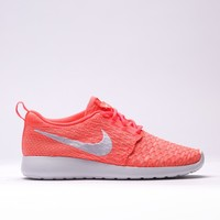 "Wmns Roshe One Flyknit ""hot Lava"""