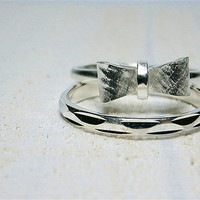 Petite Bow Ring in Silver - Petite Ribbon Ring in Silver - Petite Bowtie Ring - Two Stacking Silver Rings - Handcrafted Jewelry