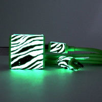Glow in the dark Android charger - Compatible with most Android phones - Samsung Galaxy s3