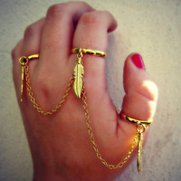 triple feather rings, slave ring, connected rings, gold feather rings, tribal rings