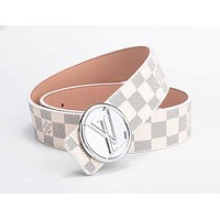 Louis Vuitton LV tide brand men and women classic chess board old flower smooth buckle belt white check