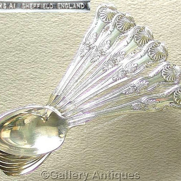 Six Vintage Silver Plated Kings Pattern Double Sided shell back Oval Soup Spoons Made in Sheffield, England A1 quality c1980's (ref: 3083)