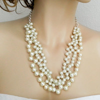 Maid of Honor Pearl Necklace Bride Bridesmaids Jewelry Set Chunky Statement Wedding Necklace Set of 3 4 5 6 9