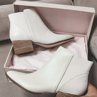 CHINESE LAUNDRY Finn Leather Ecru Booties