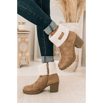 Wild Winters Sherpa Cuff Booties (Taupe)