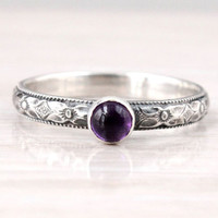 Amethyst ring, stering silver ring, February Birthstone, mothers ring, floral design, vintage style, purple gemstone, stacking ring