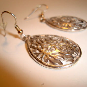 Sterling Silver Handmade Filigree Earrings - Natures Designs - Sterling Silver and Gold filled Ear Wires - Statement Earrings - Fine Jewelry