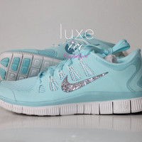 NIKE run free 5.0 shoes w/Swarovski Crystals detail - Glacier Ice/Night Factor/Summit White